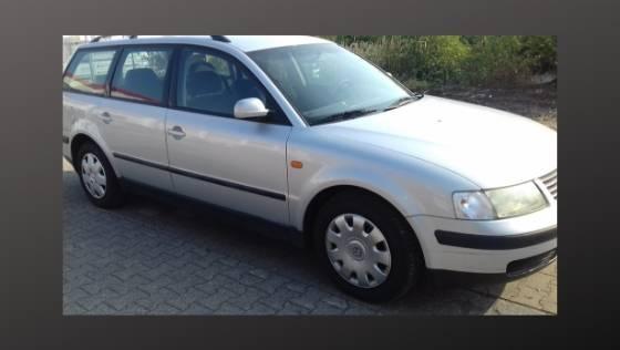 Volkswagen Passat 1.6 or 1.8 Petrol Engine